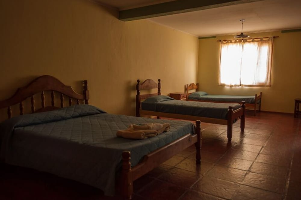 Room, Calafate Hostel