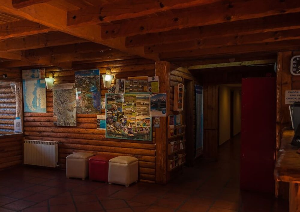 Lobby Sitting Area, Calafate Hostel