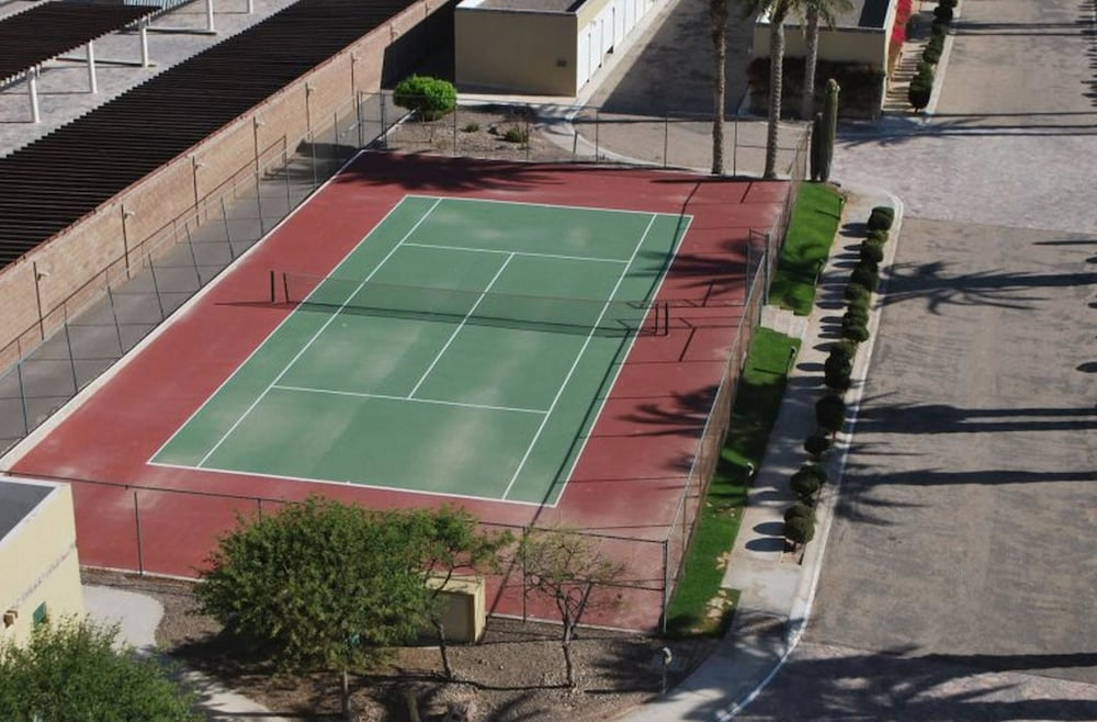 Tennis Court, Luna Blanca 0403 by Kivoya