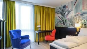 Premium-sengetøj, senge med topmadrasser, minibar, pengeskab