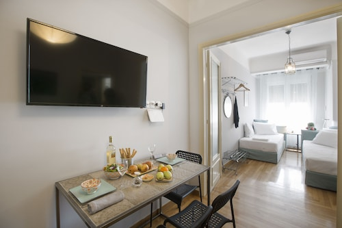 Attractive flat near Acropolis Museum