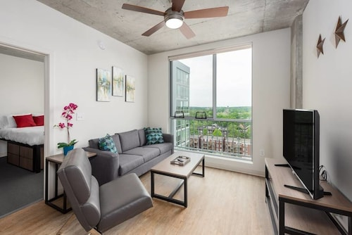 Great Place to stay Apartments at 6105 Delmar Blvd near St. Louis
