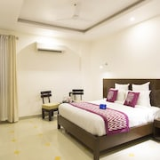 OYO 11744 Hotel Heritage Heights
