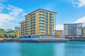 2 Bedroom Waterfront Apartment - 6206