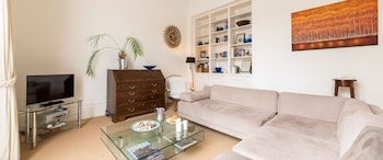 A Place Like Home - Cosy and Smart Flat Near Notting Hill