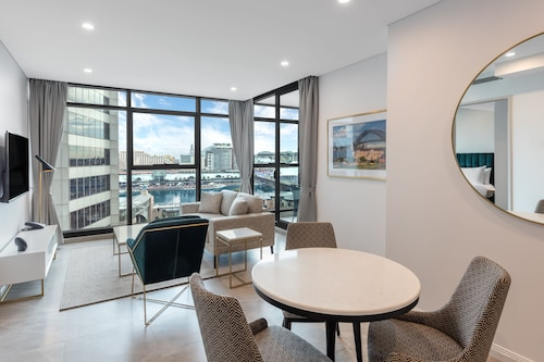 Meriton Suites Sussex Street