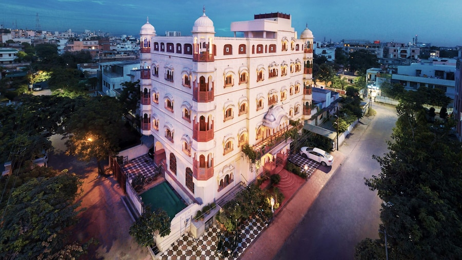Pearl Palace Heritage