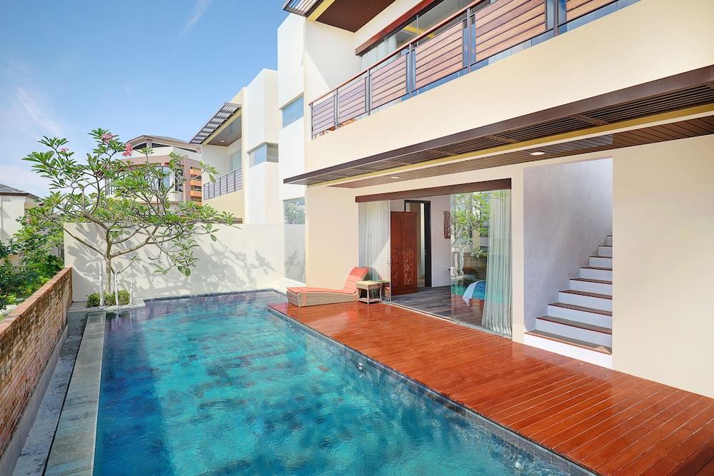 Book The Miracle Villas Nusa Dua Nusa Dua Room Deals Hotwire