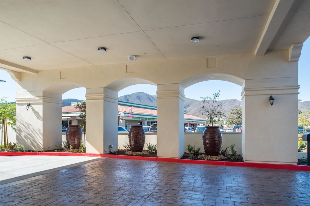 Fountain, Best Western Plus Temecula Wine Country Hotel &Suites