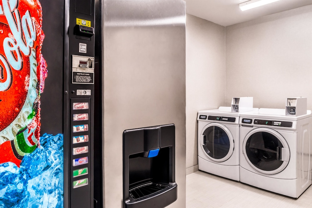 Laundry Room, Best Western Plus Temecula Wine Country Hotel &Suites