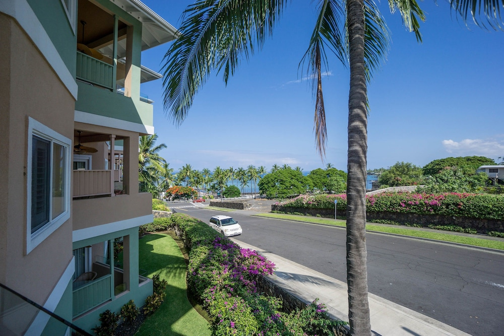 2302 The Beach Villas At Kahaluu Two Bedroom Condo 3 5 Out Of 0 Bathroom Featured Image
