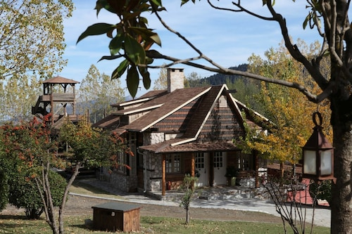 Vasilikia Mountain Farm & Retreat