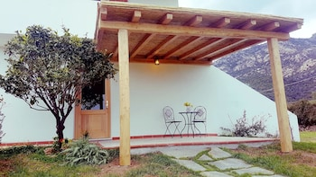 Studio in Cugnana, With Furnished Terrace and Wifi - 5 km From the Beach
