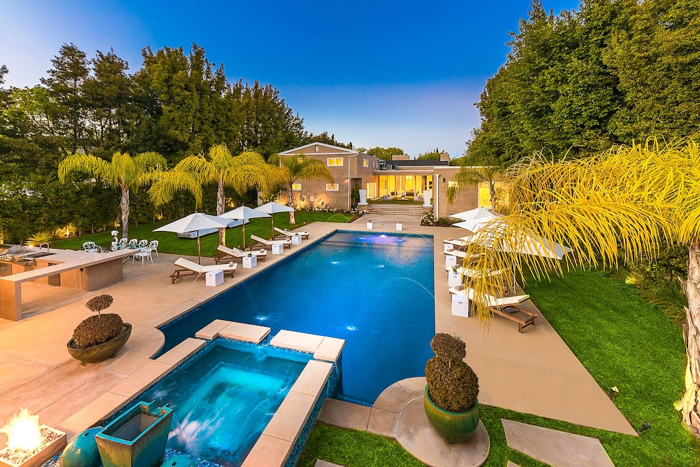 Featured Image, Beverly Hills Luxury Modern Palace