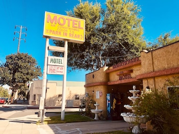 Griffith Park Motel - LA Hollywood Area