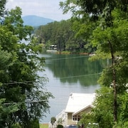 Fall Nights Avail. $59 Lake Chatuge Cottages-lazy Days at Little Red, Free Wifi!