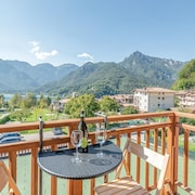 2 Bedroom Accommodation in Ledro