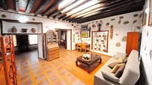 3 soveværelser, skrivebord, strygejern/strygebræt, gratis Wi-Fi