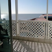 Apartment With one Bedroom in Fouras, With Wonderful sea View, Pool Access, Enclosed Garden