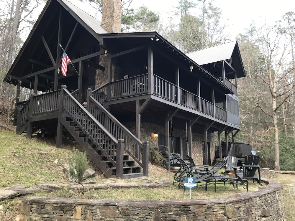 River Rock Mountain House Coosawattee River Front Retreat Blue