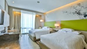 1 bedroom, pillowtop beds, minibar, in-room safe
