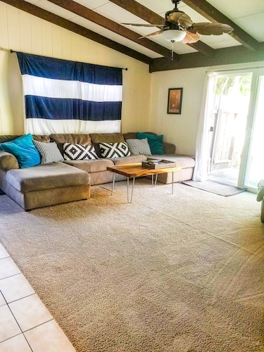 3 Bedroom Kailua Home - Clean & Spacious - Book NOW TO Lock IN This LOW Rate