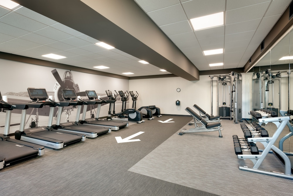 Fitness Facility, TownePlace Suites by Marriott Los Angeles LAX/Hawthorne