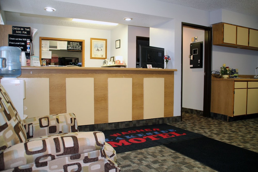 Wagner Lakeside Motel: 2019 Room Prices $60, Deals & Reviews
