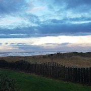 Beautiful Condo on the Best Surf Beach in Washington at Westport by the Sea