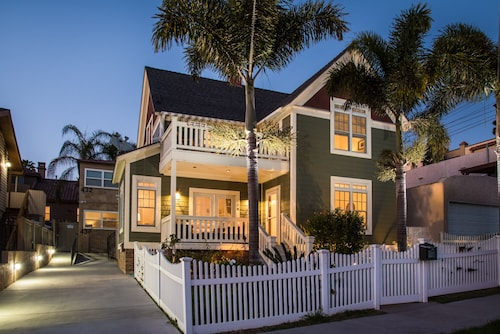 Great Place to stay Modern Victorian Home Near Downtown/ Little Italy near San Diego