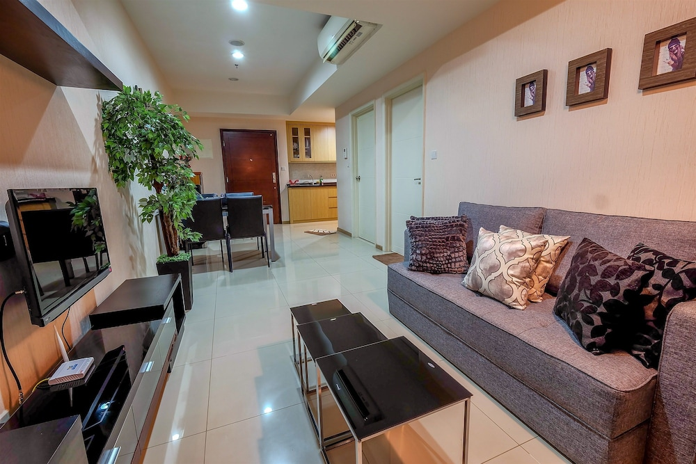 1 Bedroom Apartment Casa Grande Residence By Travelio