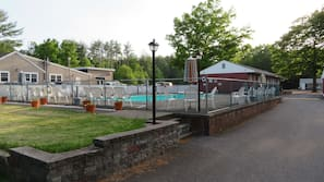 Seasonal outdoor pool, open 10 AM to 8 PM, pool umbrellas, sun loungers