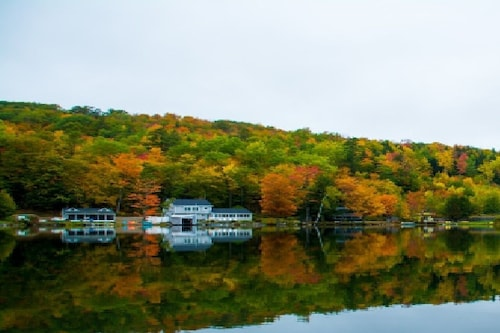 Lake House Paradise: White Mountains/ Littleton, NH