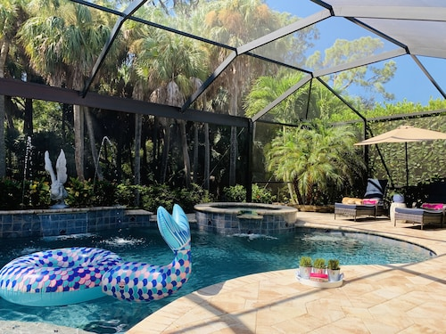 Private Tropical Oasis Near Ft Myers Beach, Sanibel Island and Captiva