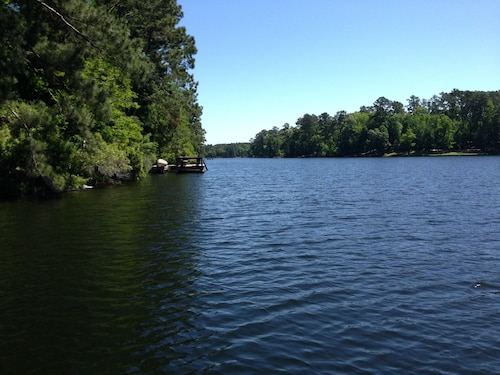 Check Expedia for Availability of Lake House Retreat, Suite B NEW Listing!!!