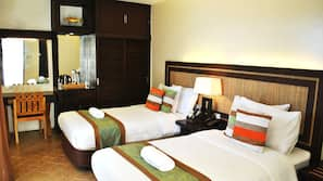In-room safe, blackout curtains, bed sheets