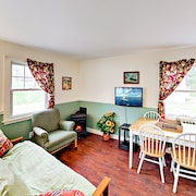 2br Boothbay Brewer's 2 Bedroom Cottage