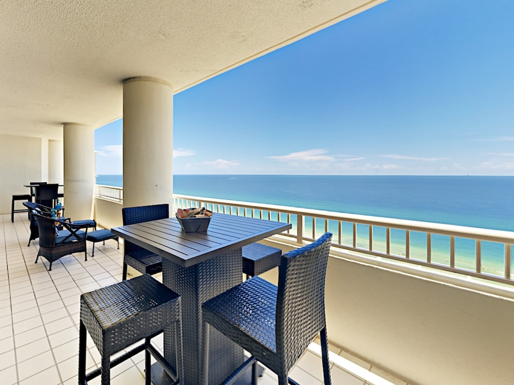 The Beach Club All Suite W 5 Pools 4 Bedroom Condo In Gulf Shores Hotel Rates Reviews On Orbitz