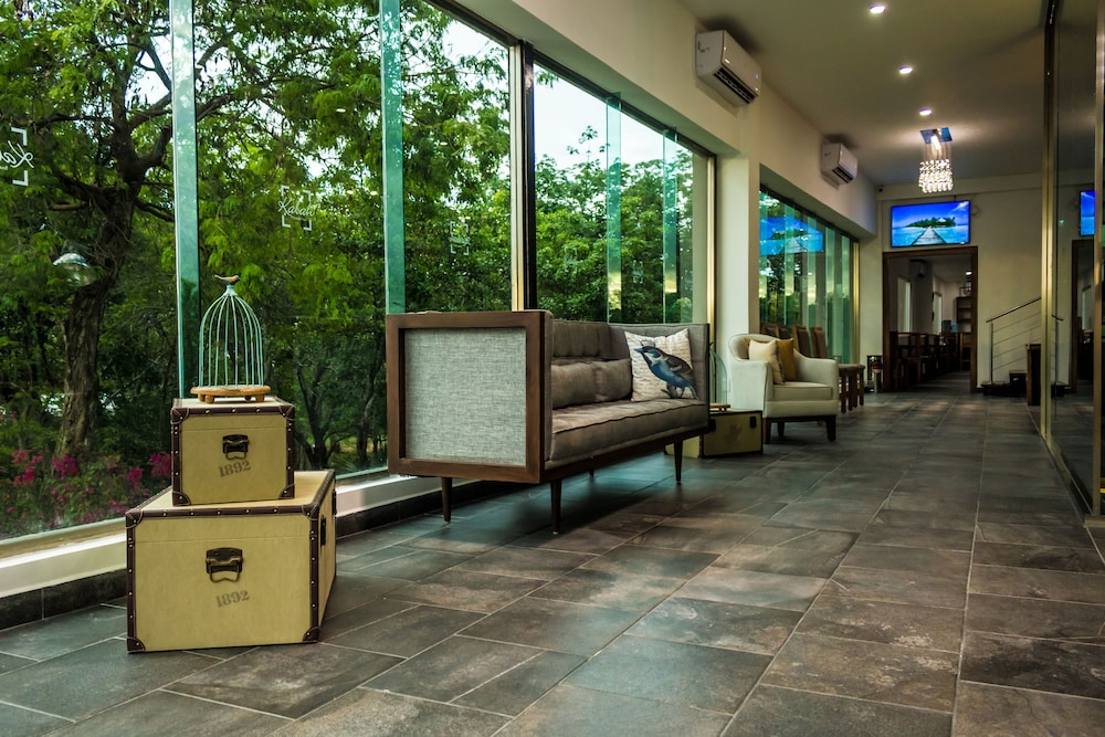 Lobby Sitting Area, Kabah Boutique Hotel