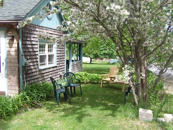 Sweet Cottage One Quarter Mile From The Entrance To Acadia
