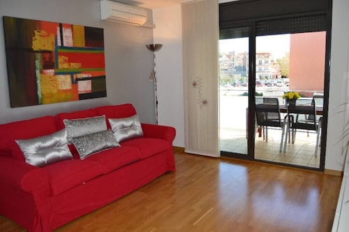 Vivalidays Maura - Apartment for 6 People in Malgrat de Mar