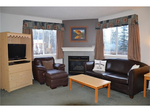 Vacation Suite by the Entrance of the Banff National Park