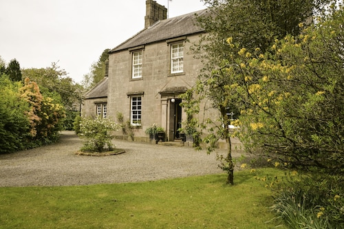 SCAURBRIDGE HOUSE