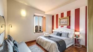 3 camere, biancheria da letto di alta qualità, una scrivania