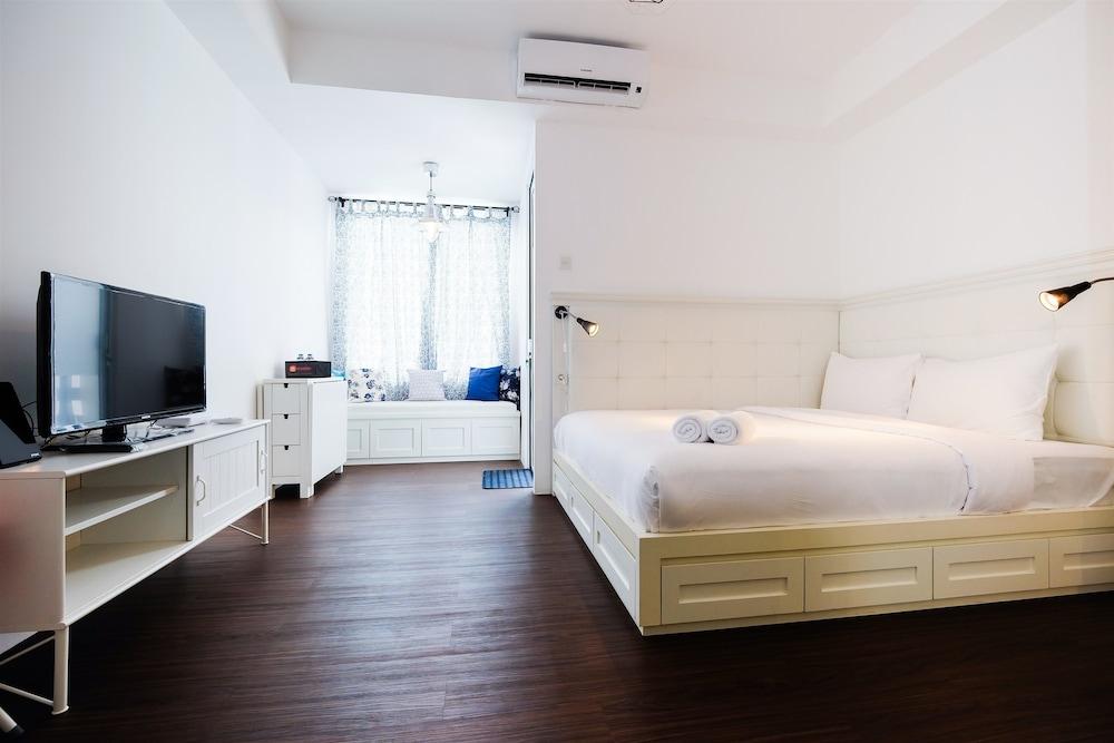 Minimalist Studio at Bassura City Apartment By Travelio in ...