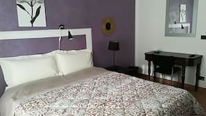Free cots/infant beds, rollaway beds, free WiFi, linens