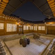 STAY256 Hanok Guesthouse