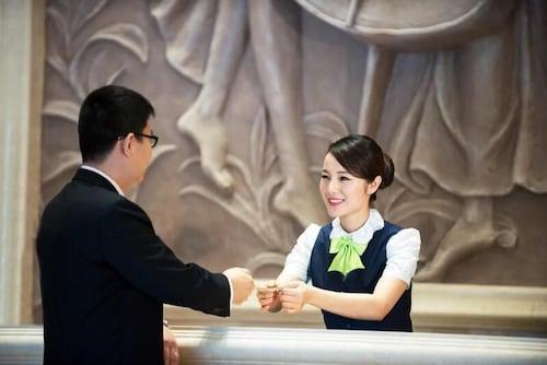 Shanghai dating scen