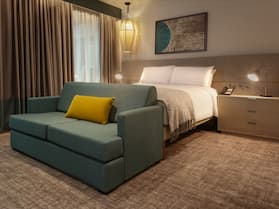 Staybridge Suites London Heathrow - Bath Road