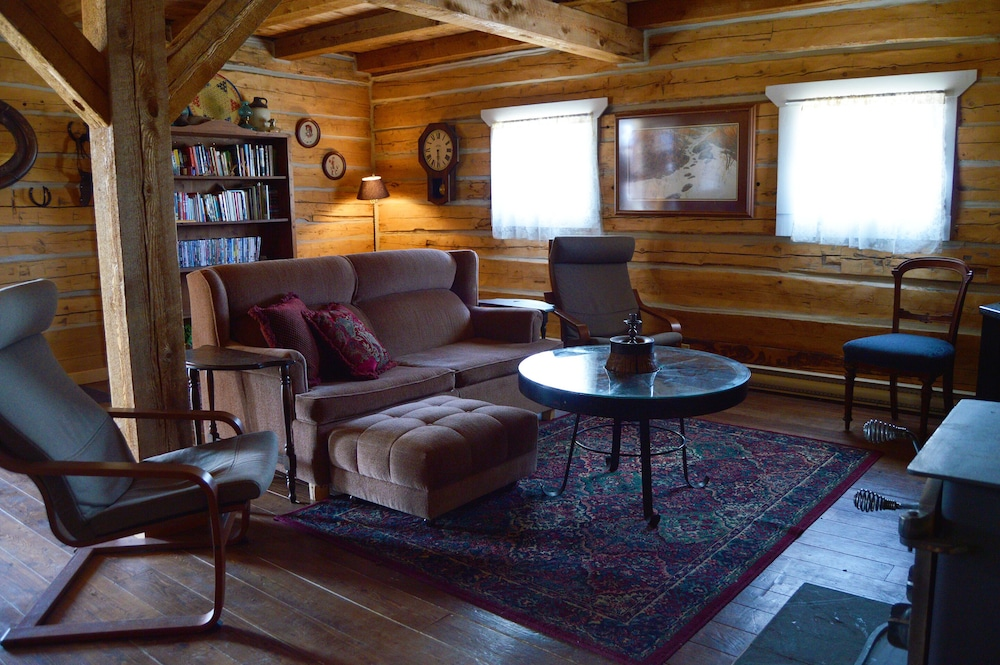 Living Area, Meadow Lake Guest Ranch